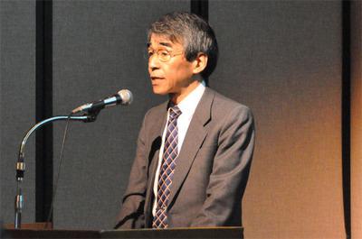 昨年に続いてオープニングセッションを行ったのは共同実行委員長の香川大学教授,古川善吾氏。昨年からのテストを巡る技術トピックやコミュニティの活動,それらをふまえた今回の見どころをわかりやすく紹介した。