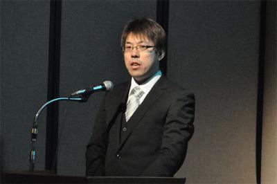 基調講演の司会を務めたのはgihyo.jpの連載でもおなじみのASTER理事 池田 暁氏。