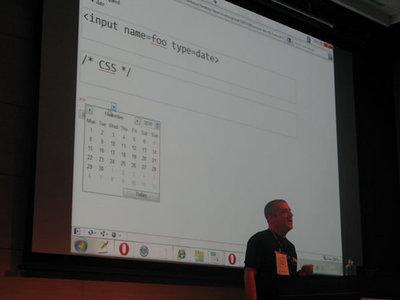 写真7 HTML5ではフォーム周りを手軽に実装できるようになる