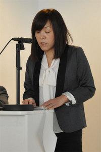 浅川智恵子さん。週に何本もの講演をこなすハードスケジュールの中でのお話だった。
