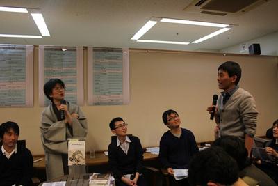2011年総合ランキング1位の『アジャイルサムライ』の翻訳者である角谷さんが来場していたため,コメントをいただきました