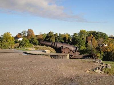 スオメンリンナ島にある大砲