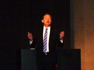 同社の現状,Creative Cloudに込めた狙いについて語るアドビ システムズ株式会社代表取締役社長クレイグティーゲル氏
