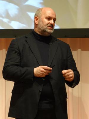 Werner Vogels(ヴァーナー・ボーガス)博士