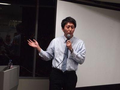 村上氏に続いて,中央会計株式会社取締役,会社設立FirstStep 代表取締役 梛野季之氏が登場。KWCと同じ大雅ビルにオフィスを置いています