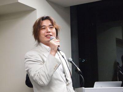 大阪デジタルコンテンツビジネス創出協議会幹事&CSS Nite OSAKA 委員を務める合同会社かぷっと代表 川合和史氏。大阪デジタルコンテンツビジネス創出協議会は,コンテンツ関連企業,教育機関,経済団体,行政機関が参画するプラットフォーム。CSS Niteは,Web制作全般に関するトピックを取り上げるセミナーイベント。CSS Niteは,株式会社スイッチ代表鷹野雅弘氏が代表者となり,今では日本各地で開催されています