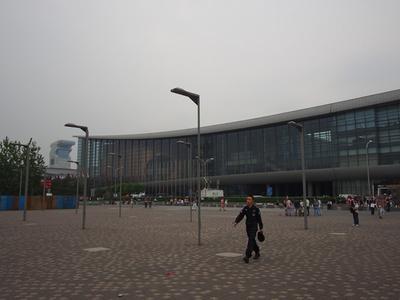 GMICの会場。このどんよりとした曇り空が北京ではあたりまえになってしまいました