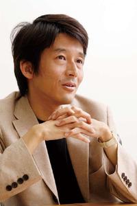 濱野純 氏
