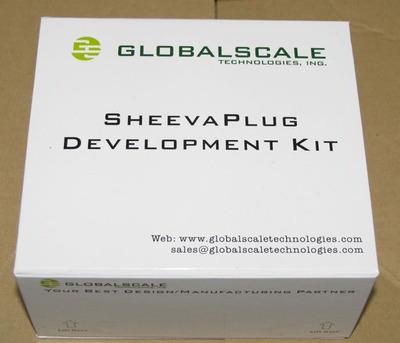 図2 SheevaPlug Dev Kitのパッケージ
