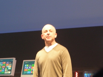 「Windows 8はWindowsの再創造として妥協のないOS」とシノフスキー氏