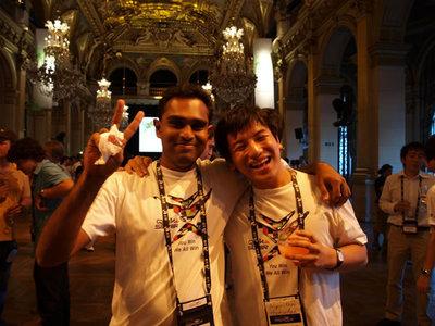 写真5:高橋君とルームメイトのスリランカ代表