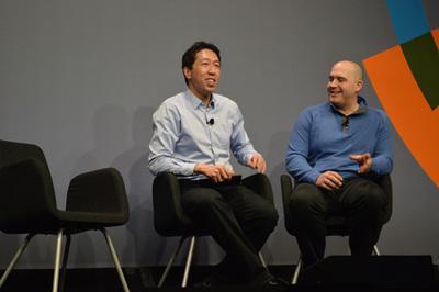 AI/マシンラーニングの世界的研究者として知られるBaiduのチーフサイエンティスト アンドリュー・エン氏(左)。みずから設立したCourseraの経営から離れ,2014年からBaiduでAI部門の指揮を執る