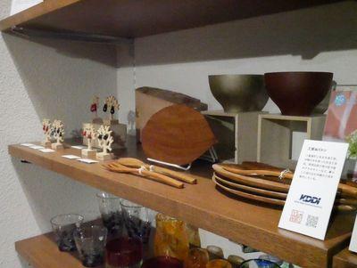 Jimdoを利用する沖縄のクラフト作家5名の作品の展示・販売が行われている