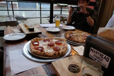 ピザがおいしかった(当然ビールも)