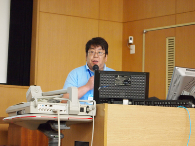 WordCampと共催で行われた東京都市大学ソーシャルメディアプロジェクト(旧現代GP)にも取り組んでいる上野教授。