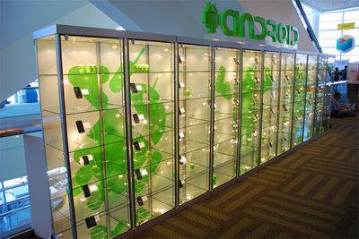 2Fのフロア中央に設置されたAndroidデバイス展示スペース