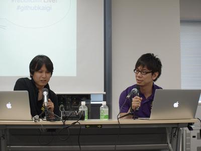 「Rebuild.fm Live」で話す宮川氏(左)と伊藤氏(右)
