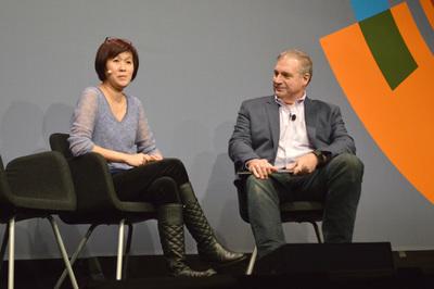 Netflix,Eva Tse氏(左)のセッション