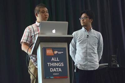 セッション中のChatWork 大村氏(左)とNTTデータ 土橋氏